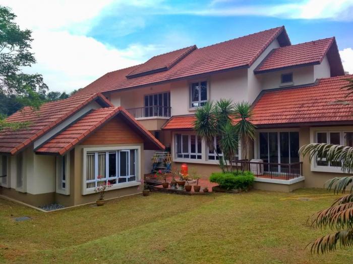 BIG LAND SPACIOUS Double Storey Bungalow Kayangan Heights Shah Alam